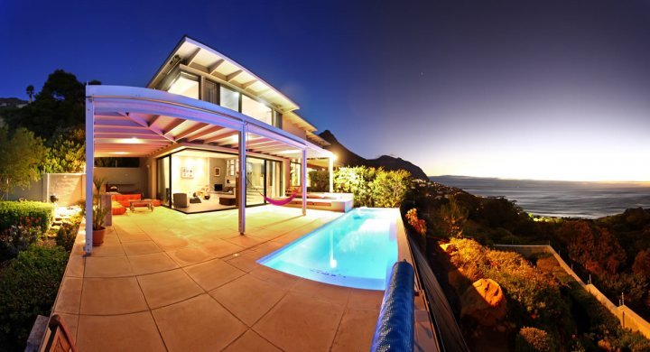 Holiday 2 4 Hout Bay Self Catering Accommodation